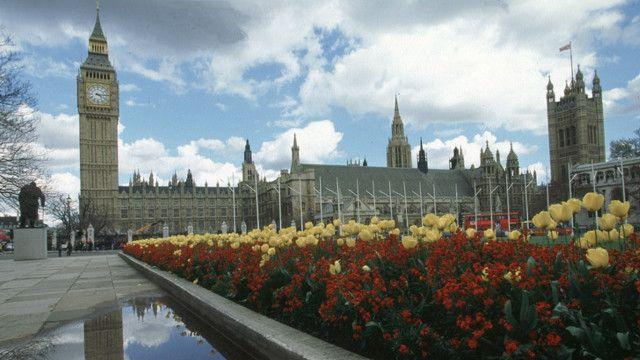 پارلمان بریتانیا در وستمینستر لندن