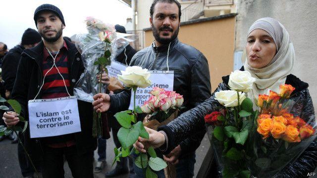 """""""تزايد الهجمات"""" على المسلمين في فرنسا"""