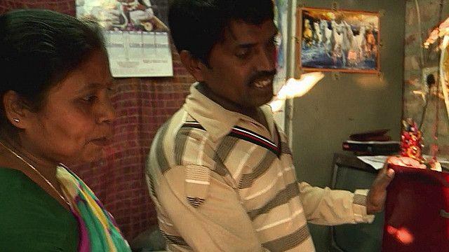 Сантош Чаудри и его жена