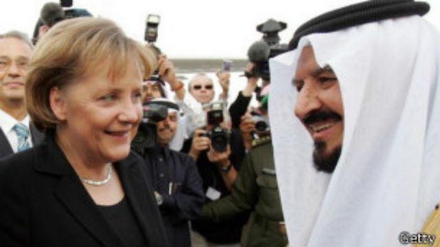 Michelle Obama sin velo en Arabia Saudita, ¿ofensa o gesto político?