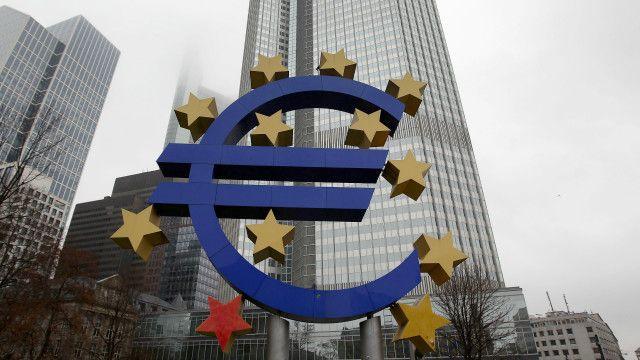 انگلا مرکل بخشش بدهیهای یونان را رد کرد