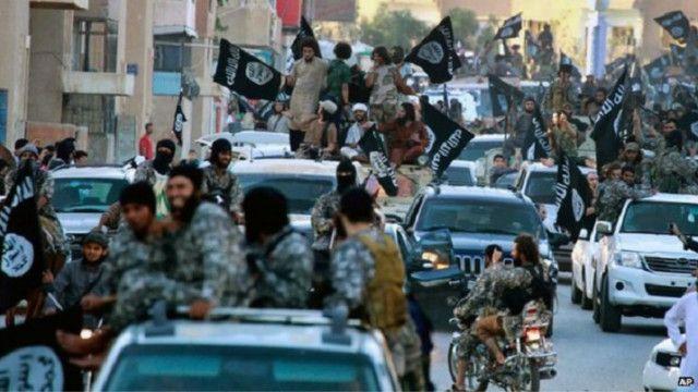 """""""دليل"""" المسلمة للحياة في ظل تنظيم """"الدولة الإسلامية"""""""