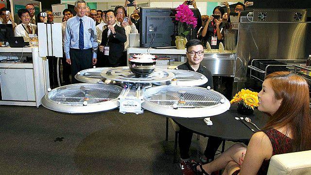 """Restaurante con drones """"meseros"""""""