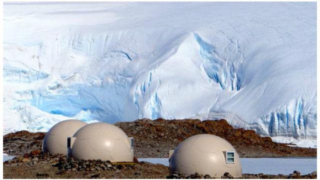 DERGİ - Antarktika'da penguenlerle kamp yapmak