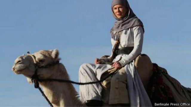 """رؤية نقدية لفيلم نيكول كيدمان الجديد """"ملكة الصحراء"""""""