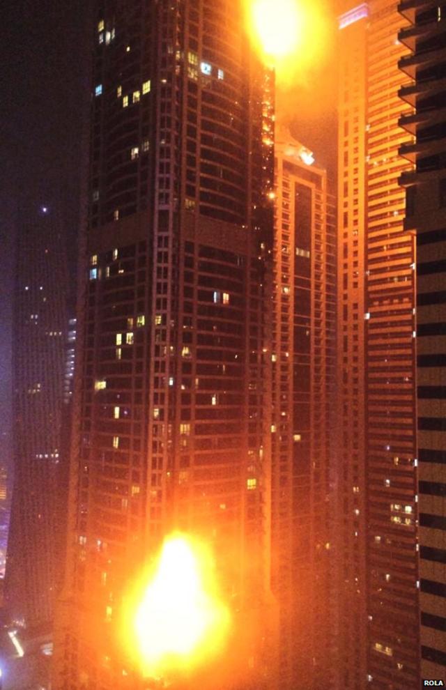 Voraz incendio afectó lujoso rascacielos en Dubai