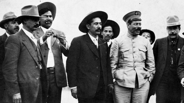 """México: Pancho Villa, de héroe a """"un simple bandido"""""""