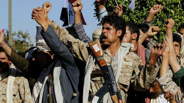 تظاهرات مؤيدة ومعارضة للحوثيين وانفجار في البيضاء