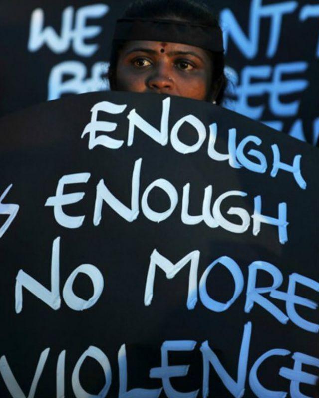 """مغتصب فتاة دلهي بلا ندم: الضحية """"لا ينبغي لها أن تقاوم"""""""