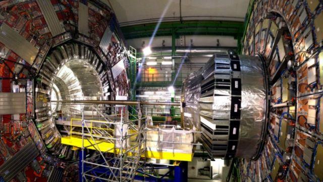 Büyük Hadron Çarpıştırıcısı harcanan paraları hak ediyor mu?