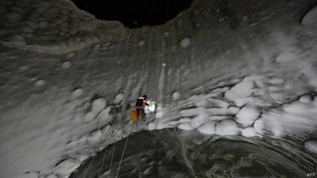 Rusia: aumentan a siete los cráteres misteriosos descubiertos en Siberia