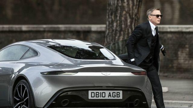 'Roma'nın gerçek belediye başkanı James Bond!'