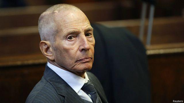 """El magnate estadounidense acusado de asesinato tras confesar en TV que """"los mató a todos"""""""