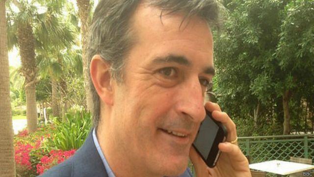 Para acabar com greves, secretário de Educação passa número de telefone a professores na Argentina