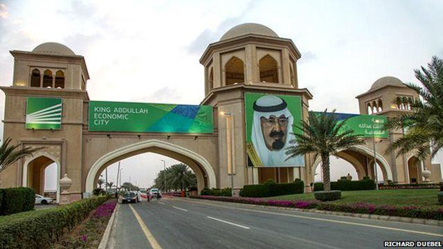 La increíble ciudad que está construyendo Arabia Saudita en el desierto