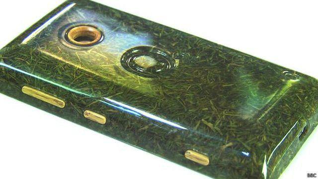 Органический мобильный телефон