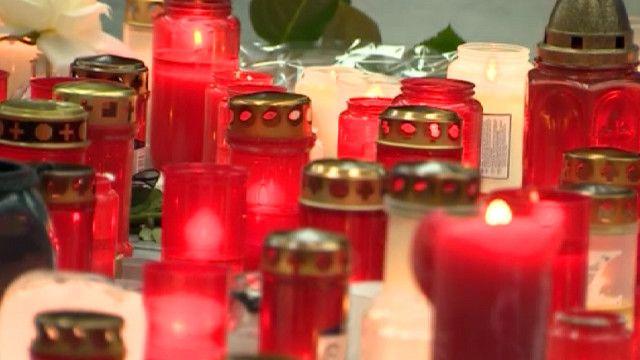 Свечи в аэропорту Дюссельдорфа