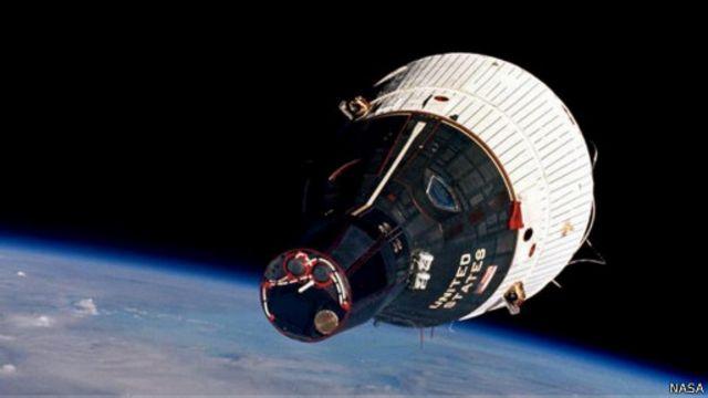 """مركبة الفضاء """"جيميني"""" وتحديات الطريق إلى سطح القمر"""