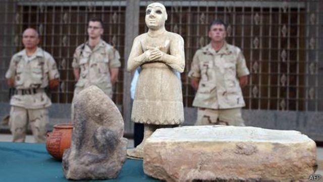 Estado Islâmico fatura vendendo relíquias a colecionadores ocidentais, dizem especialistas