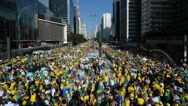 Ainda que menores, protestos continuam 'preocupantes para o governo'