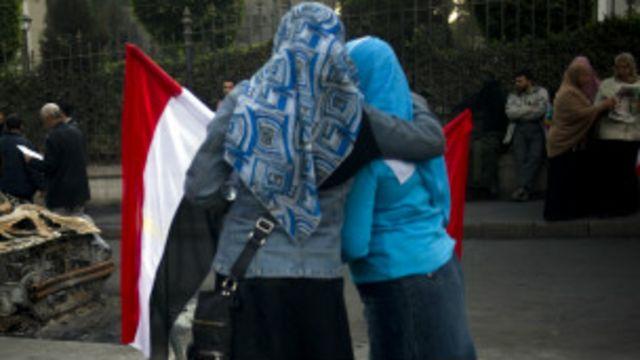 هل تعد دعوة خلع الحجاب ضمن إطار حرية الرأي؟