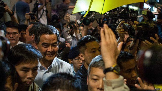 港媒社論對香港普選政改前景仍不樂觀