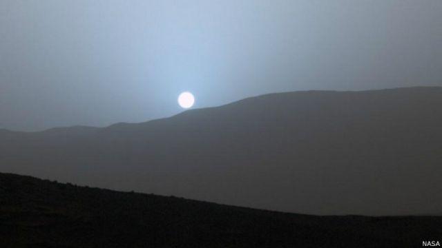 El inesperado atardecer azul en Marte