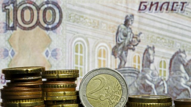 Roubles, Euro