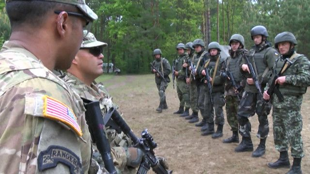 Украинские гвардейцы с американскими инструкторами