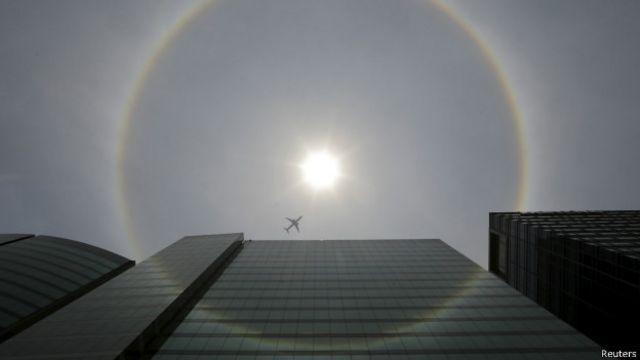 Por qué ocurre el halo solar que sorprendió a México