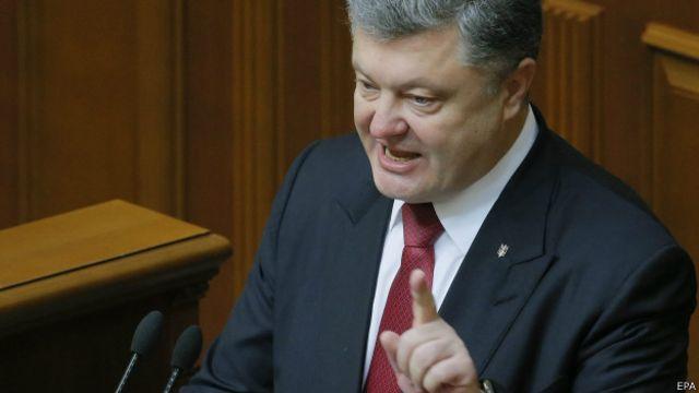 """الرئيس الأوكراني يحذر من """"غزو روسي كامل لبلاده"""""""