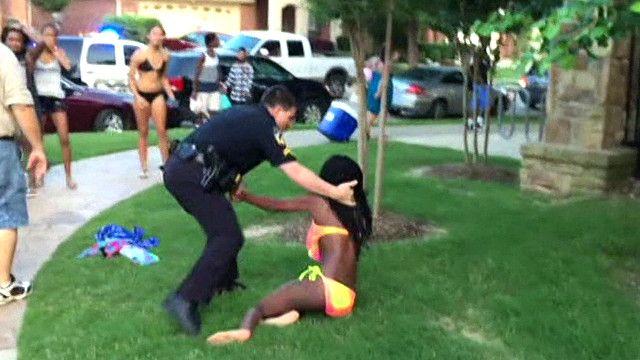 Polisi afutwa kazi kwa kudhulumu weusi