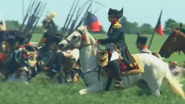 'Napoleon' trong trận chiến ở Ligny được tái hiện nhân tuần lễ kỷ niệm 200 năm trận Waterloo