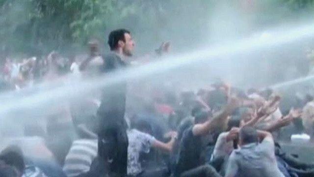 Разгон демонстрантов в Армении