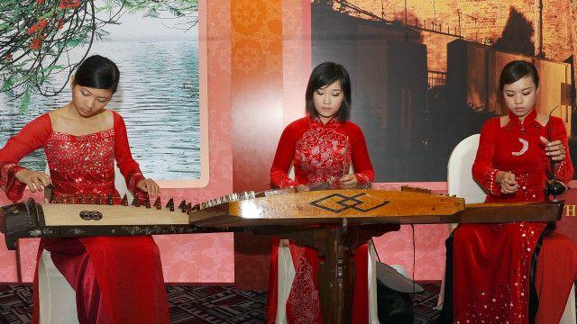 Nhạc cụ dân tộc Việt Nam
