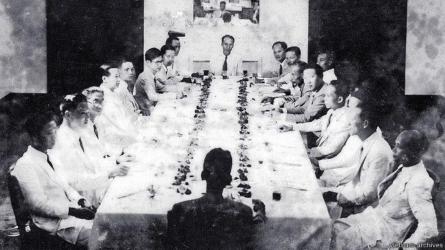 Một phiên họp của Chính phủ Hồ Chí Minh