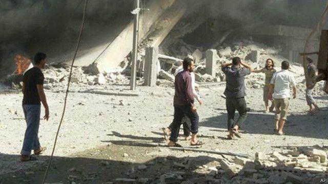 Hiện trường sau một cuộc không tập của Nga tại Syria