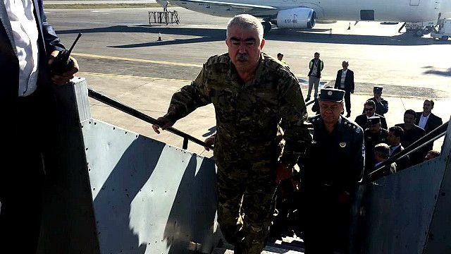 ژنرال دوستم برای رهبری عملیات علیه طالبان به شمال رفت