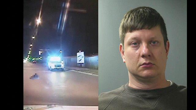 Viên cảnh sát Jason Van Dyke bị cáo buộc tội giết người khi bắn thanh niên da đen 17 tuổi