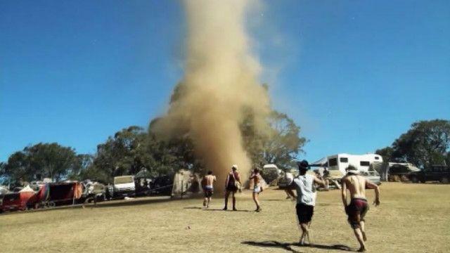 Торнадо в Австралии