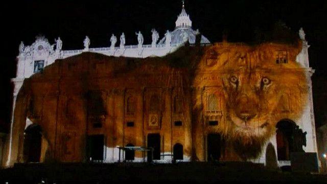 Изображение льва на соборе Святого Петра