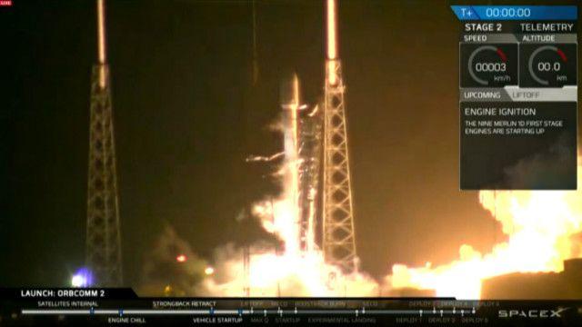 Công ty không gian Mỹ SpaceX thực hiện việc phóng vệ tinh Falcon-9