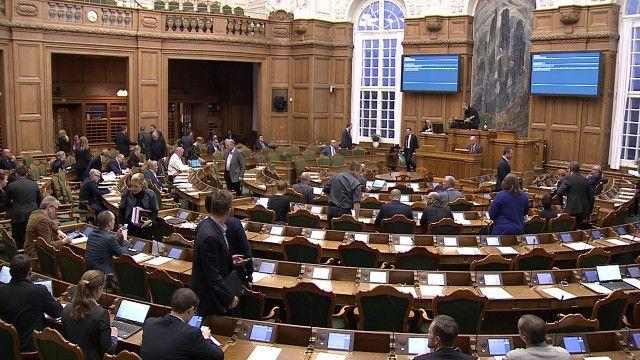 طرح توقیف اموال پناهجویان در مجلس دنمارک تصویب شد
