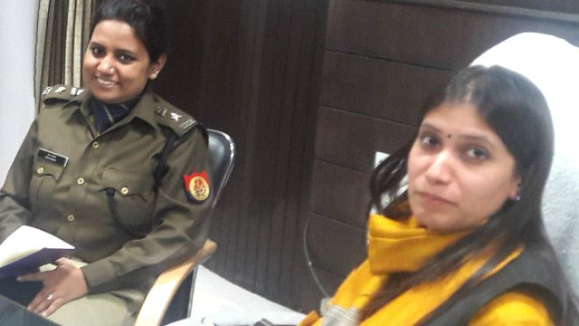 उन्नाव ज़िले में महिला अधिकारी