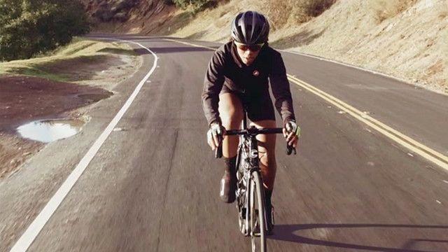 Велогонщица Аеша Макгоуэн