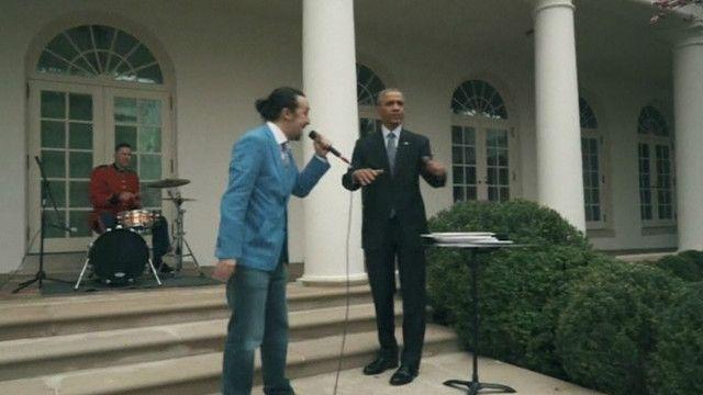 Presiden Obama dan Lin-Manuel Miranda