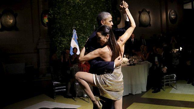 Президент Обама танцует танго