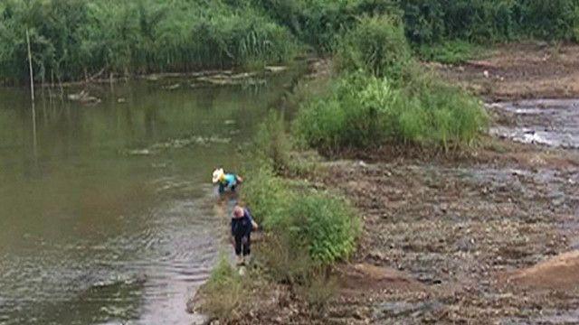 Người dân trên một con sông ở Thái Lan