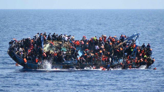 refugee migrants