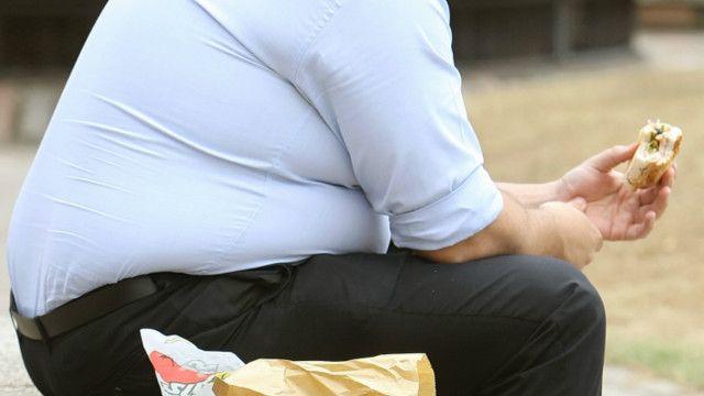 الرجال أكثر عرضة لخطر الموت بسبب البدانة